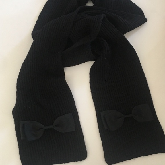 kate spade Accessories - Kate Spade Knit Scarf with bows